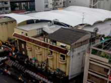 In Pictures: Building Nana Plaza's New Roof